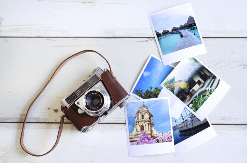 Jak przechowywać zdjęcia, czyli wywoływanie zdjęć vs elektroniczne przechowywanie