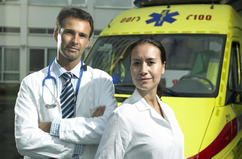 Co należy wiedzieć o kosztach transportu medycznego z zagranicy?