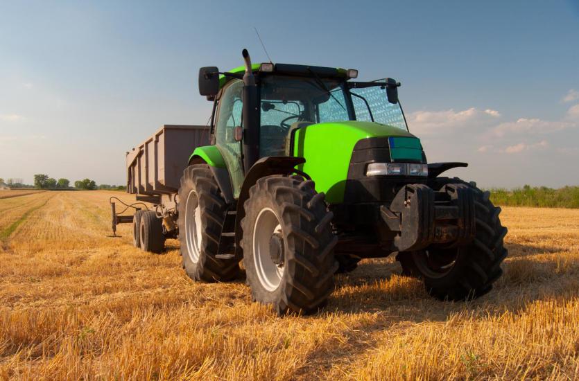Na co zwrócić uwagę, kupując maszyny rolnicze?