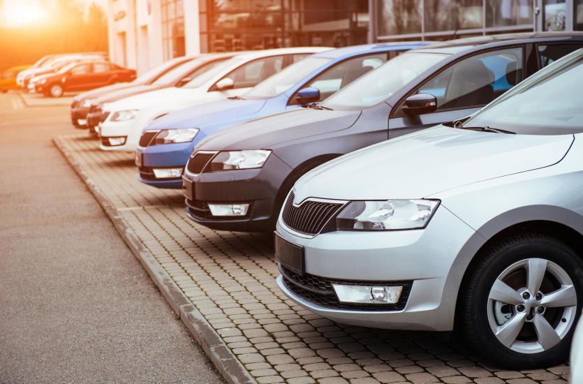 Czy warto kupić samochód poleasingowy?