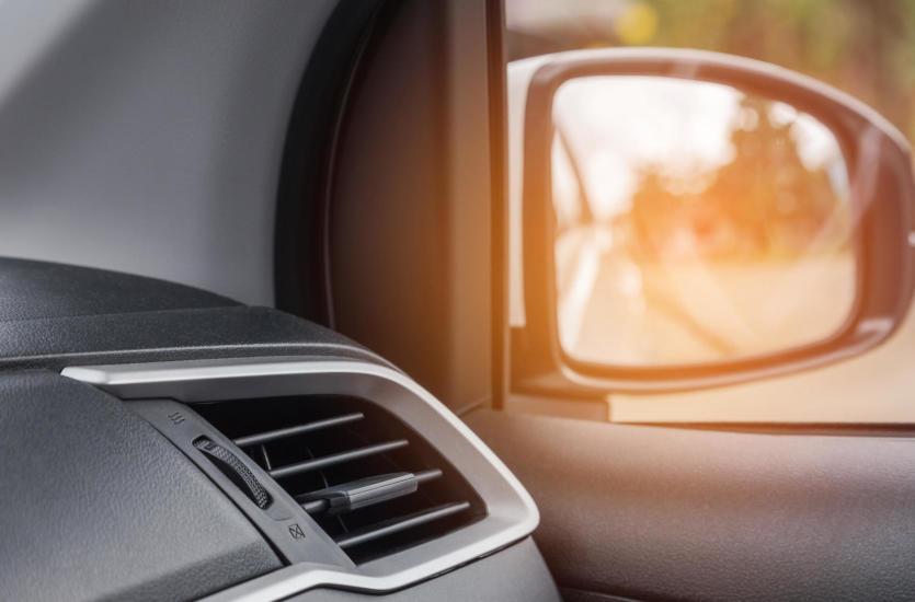 Klimatyzacja w samochodzie nie działa? Oto kilka możliwych przyczyn awarii