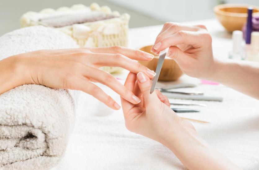 Rodzaje manicure: klasyczny, biologiczny, japoński