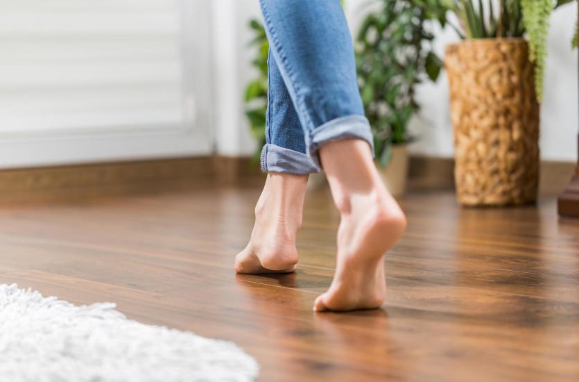 Czy warto zamontować w mieszkaniu ogrzewanie podłogowe?