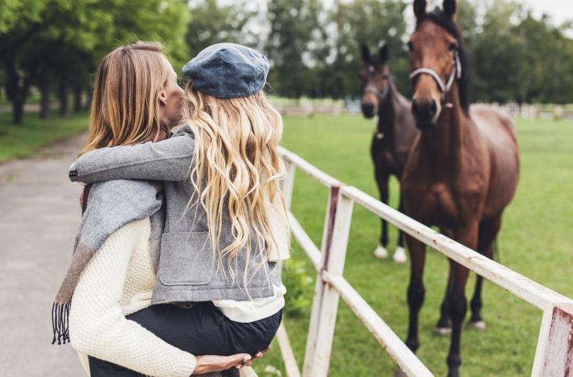Ośrodek wypoczynkowy ze stadniną koni – idealne miejsce na wakacje dla całej rodziny