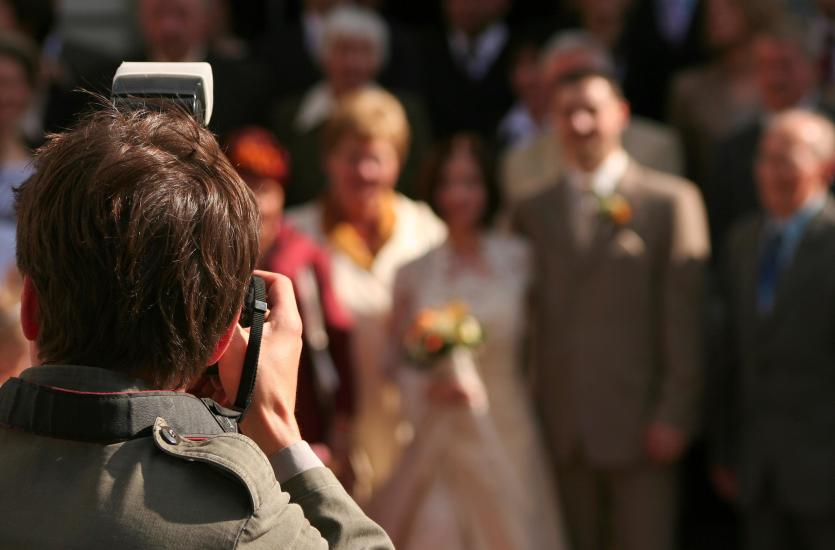 Profesjonalna oprawa fotograficzna uroczystości rodzinnych