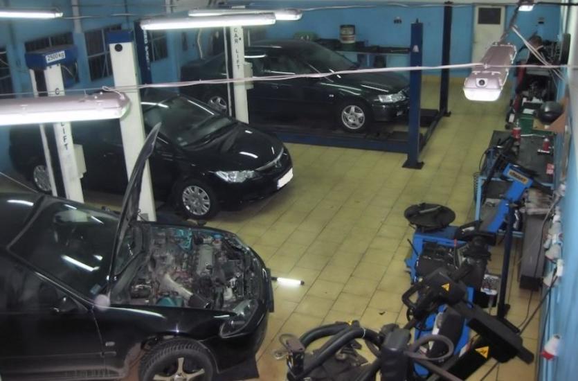 Przeglądy gwarancyjne samochodu - prawa i obowiązki