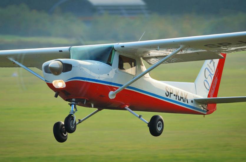Poczuć się jak ptak dzięki nauce w szkole latania