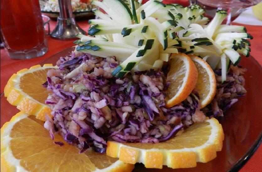 Terapia głodówką – dla kogo post dr Dąbrowskiej?