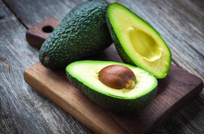 Jak jeść awokado? 7 powodów, dlaczego pokochasz awokado