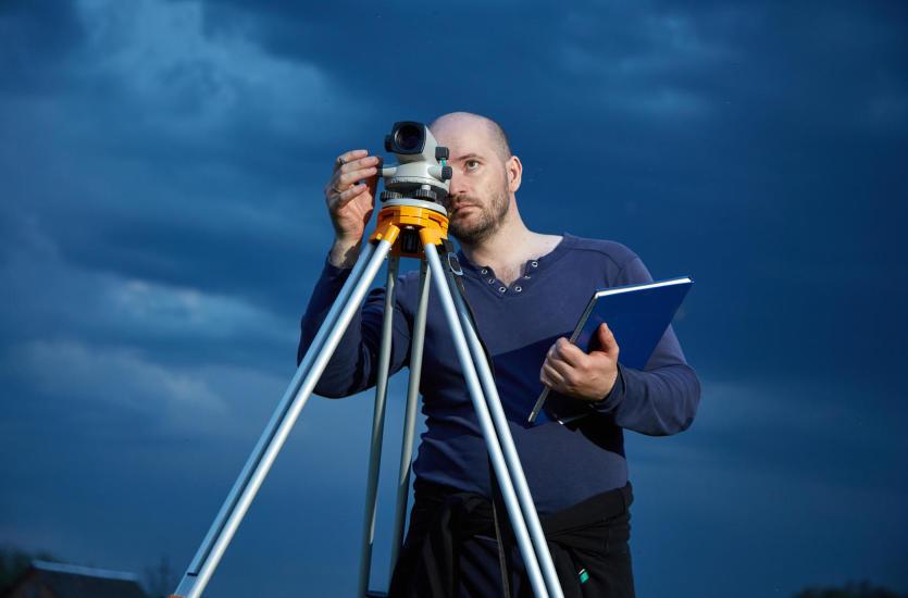 O co zapytać geodetę? Podpowiadamy, jak znaleźć dobrego fachowca
