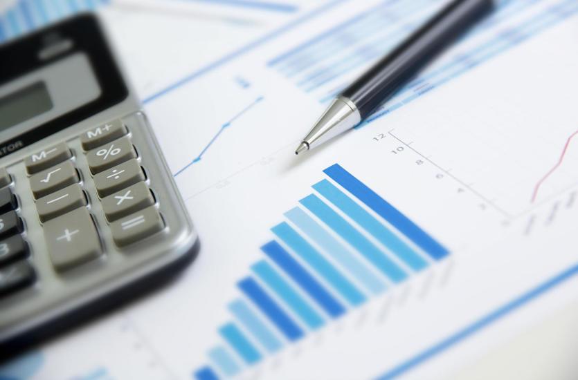 Usługi finansowe i audytorskie biegłych rewidentów
