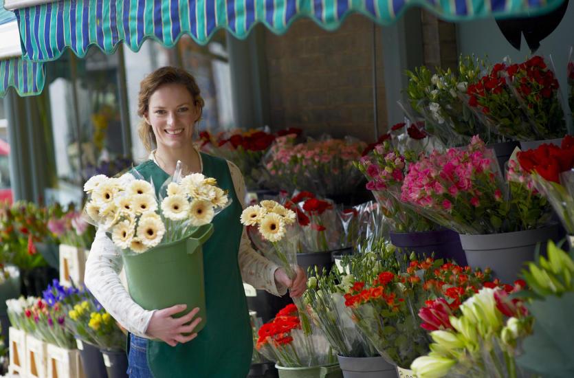 Kiedy warto zamówić kwiaty z dowozem?
