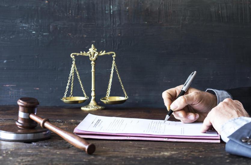 Korzyści ze stałej obsługi prawnej firm
