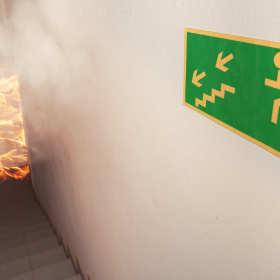 Jak powinniśmy postępować w przypadku pożaru?