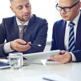 Jakie korzyści dają firmie usługi biura obrachunkowo-podatkowego?