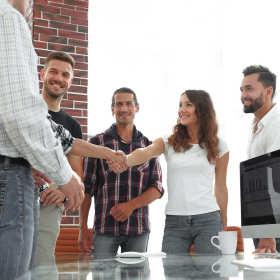 Zalety korzystania z usług agencji zatrudnienia