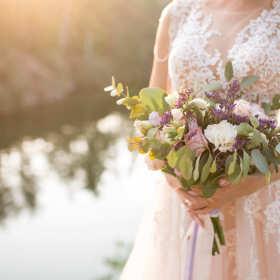Najnowsze trendy we florystyce ślubnej – najpiękniejsze bukiety