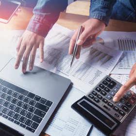 Usługi wchodzące w zakres pełnej obsługi księgowej firm