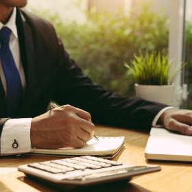 Niezbędna pomoc księgowych w rozliczaniu dotacji, kredytów i nie tylko