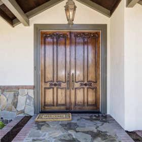 Czym jest wypełnienie drzwiowe?