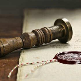 Jakich dokładnie czynności dokonuje notariusz?