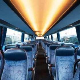Różne rodzaje komfortowego przewozu osób w ofercie Globex-Bus