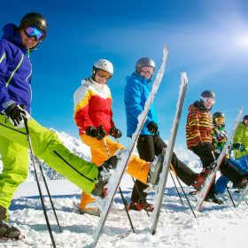 Sprzęt do sportów zimowych w ofercie specjalistycznych sklepów