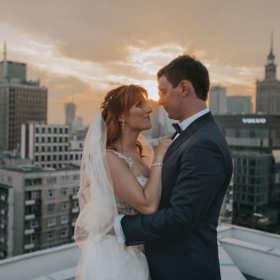 Jak powinna wyglądać umowa z fotografem ślubnym?