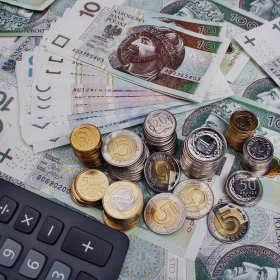 Kredyty dla firm – jakie warianty rekomendują specjaliści?