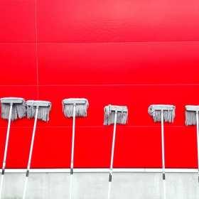 Jakie cechy ma profesjonalna firma sprzątająca?