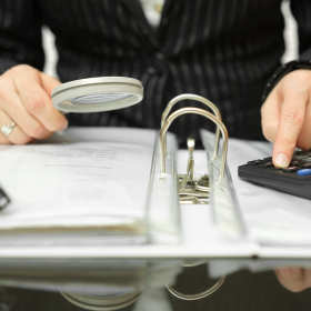 Kompleksowa obsługa z zakresu kadr, płac i ubezpieczeń społecznych