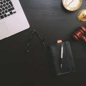 Kiedy warto skorzystać z usług renomowanej kancelarii adwokackiej?
