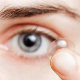 Dobór soczewek kontaktowych – pozbądź się ograniczeń
