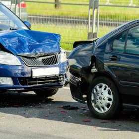 Postępowanie po kolizji drogowej – krok po kroku
