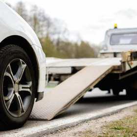 Najważniejsze zalety dobrej firmy z branży pomocy drogowej