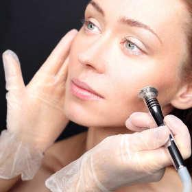 Zabiegi, które koniecznie trzeba wykonać u kosmetyczki