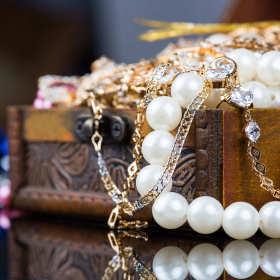 Nowoczesne spojrzenie na wzornictwo biżuterii