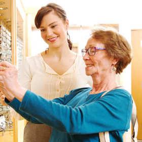 Kompleksowe usługi w profesjonalnym salonie optycznym
