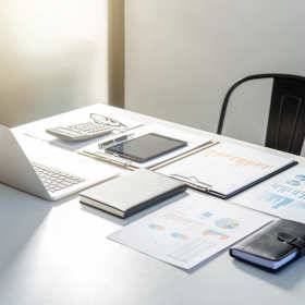 Księga przychodów i rozchodów czy pełna księgowość? Jak rozliczać firmę?