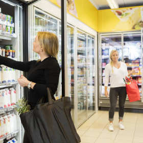 Kompleksowe wyposażenie sklepu spożywczego dzięki firmie MERTON