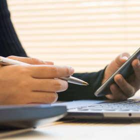 Obowiązki pracodawcy wobec pracownika – kwestie finansowe