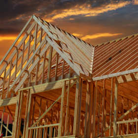 Drewniane domy kanadyjskie – znakomita alternatywa dla tradycyjnego budownictwa