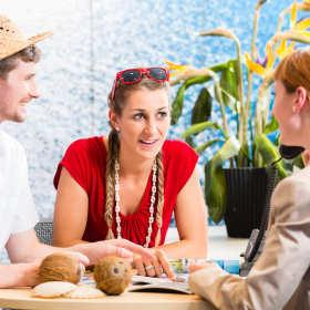 Egzotyczne wakacje poza Europą? Jak wyjechać przy najniższych kosztach?