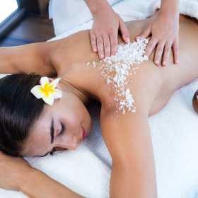 Idealne wyposażenie salonu masażu