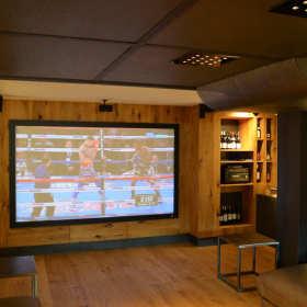 Dlaczego warto zdecydować się na specjalistów instalujących profesjonalne systemy audiowizualne?