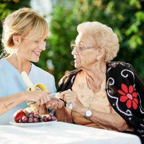 Jak założyć firmę delegująca opiekunki osób starszych w Niemczech?