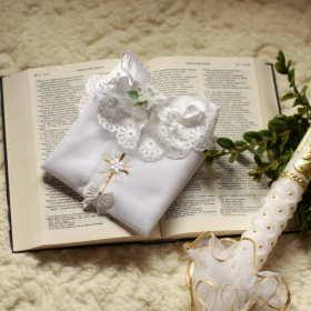 Rozterki rodziców chrzestnych – pomysły na prezent