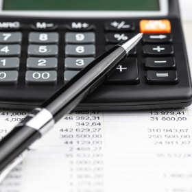 Jak właściwie zadbać o sprawy płacowe w firmie?