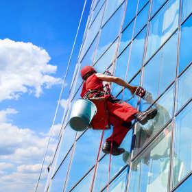 Usługi alpinistyczne oferowane przez Climbing Service