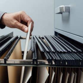 Archiwizacja oraz zakładanie firmowych archiwów